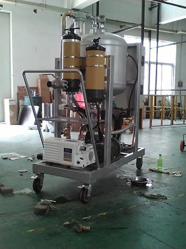 新乡市日欣净化透平油LYC滤油机