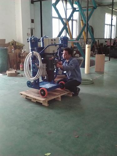 新乡市日欣净化变压器油LYC-A100滤油机